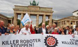 Aufruf am Brandenburger Tor am 24.08.18: Killer Roboter Stoppen   Bild (Ausschnitt): © Facing Finance